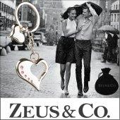 Zeus&co. Taşlı 2 Kalp Anahtarlık 3 Boyutlu Hediye Kesesi İçinde
