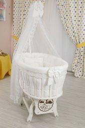 Bebekonfor Beyaz Fransız Dantel Uyku Setli Beyaz Ahşap Sepet Beşik