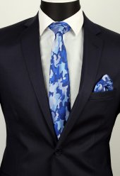 Buz Mavisi Lacivert Kamuflaj Desen Mendilli Klasik Kravat 2594