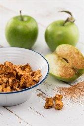 Kurutulmuş Tarçınlı Elma Atıştırmalık Kuru Meyve