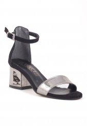 Ceria Siyah Süet Platin Rugan Bantlı Topuklu Bayan Ayakkabı