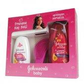 Johnsons Baby Şampuan Işıldıyan 500 Ml + Sprey Prenses Saç Seti
