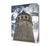 Galata Kulesi Ve Gökyüzü Tablosu