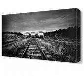 Siyah Beyaz Tren Tablosu