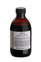 Davines Alchemic Chocolate Koyu Renk Saçlar İçin Şampuan 280ml