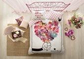 Taç Anneler Günü Minnie Flowers Çift Kişilik Nevresim Takımı