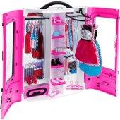 Barbie ' Nin Pembe Gardırobu Dmt57
