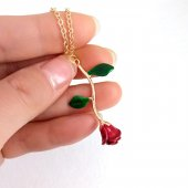Yeşil Yapraklı Rose Zamak Gül Bayan Kolye