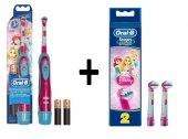 Oral B Prenses Çocuk Pilli Diş Fırçası + Prenses Yedek Başlık 2l