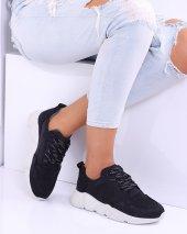Hotiç Siyah Beyaz Bayan Spor Ayakkabı
