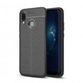 Huawei P20 Pro Karbon Deri Görünümlü Siyah Kılıf Arka Koruyucu Ka