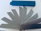 Maket Bıçağı Yedeği 18mm Genişli Kırımlı