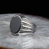 Oniks Taşlı Oval Model Erkek Gümüş Yüzük
