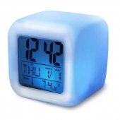 7 Renk Değiştiren Alarmlı Dijital Küp Masa Saati Gece Lambası Led