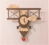 Uçak Tasarımlı Canım Kızım Sallanır Sarkaçlı Duvar Saati