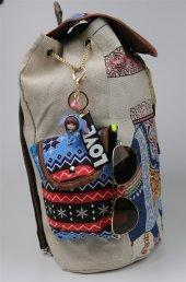 Love Temalı Pembe Çıngıraklı Mavi Kıyafetli Kız Çanta Anahtarlığı