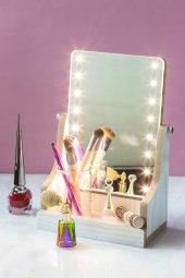 3 Kademeli Ledli Beyaz Aynalı Makyaj Kutusu